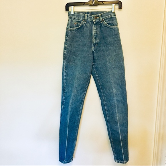 a3dacac5 Lee Jeans   Vintage High Rise Mom 34   Poshmark